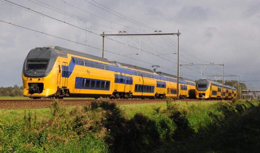 2 passerende Dubbeldekkertreinstellen in Provincie Zeeland