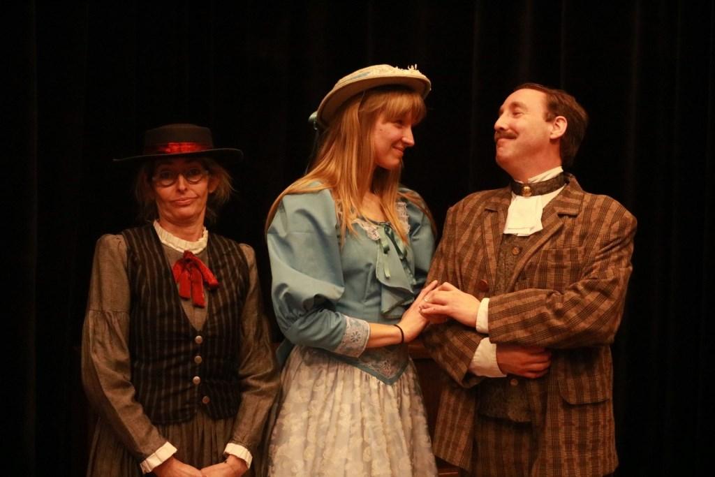 Meisner Acteerstudio speelt zaterdag 15 februari een try-out van Het Belang van Ernst van Oscar Wilde bij de Koningstheateracademie. Foto: Meisner Acteerstudio © bosscheomroep.nl