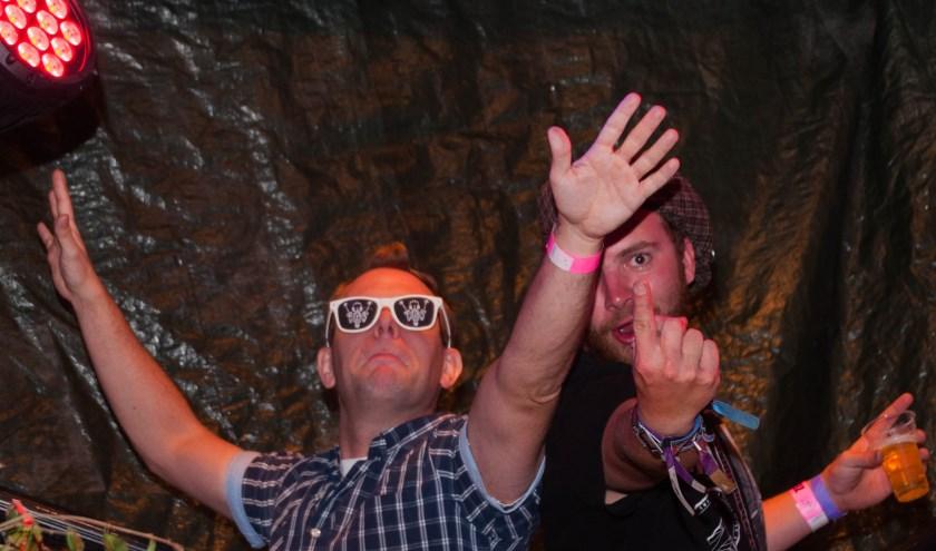 Wessel en Stefan, beter bekend als de Chainzuipers, is één van de dj-teams die hun hits laten horen op de silent disco.