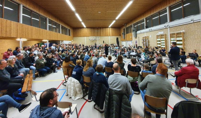 Veel publiek bij concert Blieken