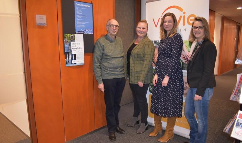 Het Roefelcomité: Nico van Rijk, Ellen Borgo, Linda Baan en Patricia van Erven van ViaVie Welzijn. (Foto: Van Gaalen Media)