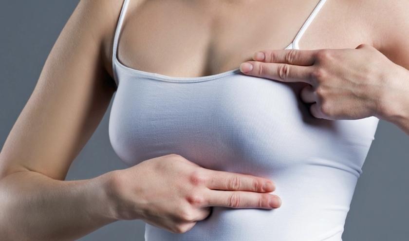 Zelfonderzoek van de borsten komt ook aan de orde tijdens de thema-avond rondom borsten in het Braamhuis. (foto: PR)