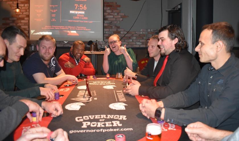 Finaletafel Pokerkampioenschap van Midwoud 19-20. Bron: ONK Poker.nl