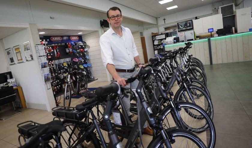 """Maurice Verdaat: """"Ik nodig iedereen uit kennis te komen maken met ons aanbod van nieuwe en gebruikte fietsen en elektrische scooters."""""""