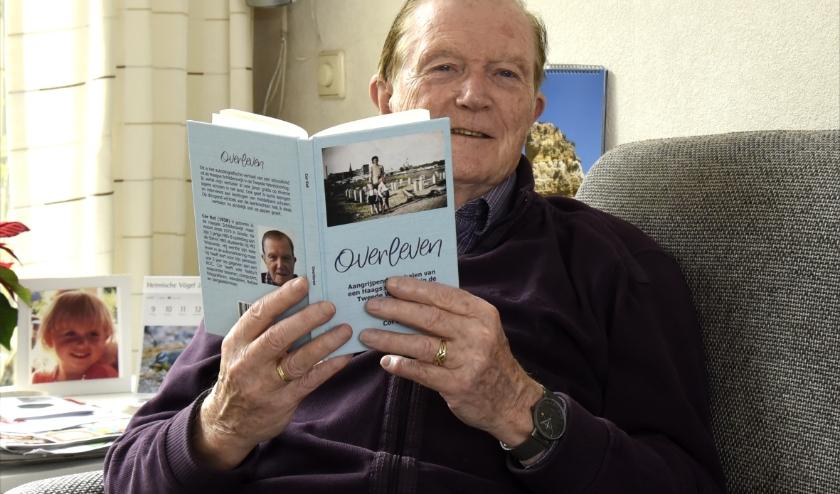 Cor Ket heeft zijn ervaringen uit de Tweede Wereldoorlog opgeschreven in 'Overleven'. Foto: Marianka Peters