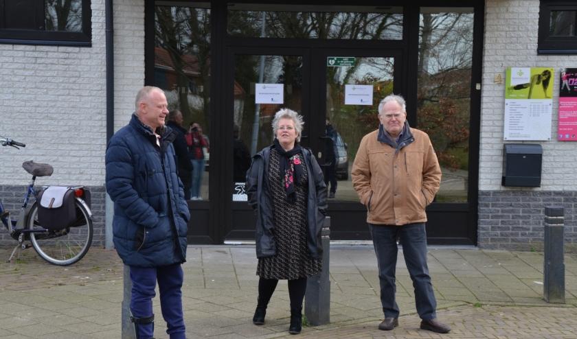 De drie initiatiefnemers van 'Bewegen voor een ander'. Leon van Meijel (l), Saskia van den Broek, Bert Baselmans.