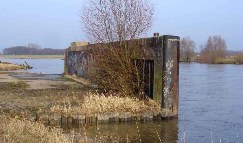 Restant van de IJssellinie bij Olst. Foto: Stichting IJssellinie