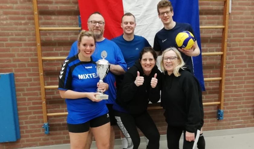 De overwinning was uiteindelijk voor het ZGA team met 25-23 en daarmee de winst van de 37e Nacht van Welsum.