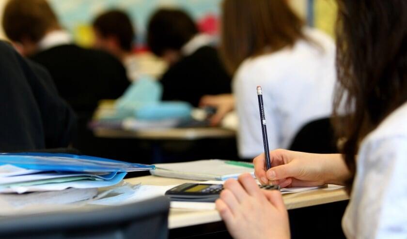 <p>Vanaf september kunnen schoolklassen in de Provinciale Statenzaal in Middelburg terecht voor het Provinciespel.&nbsp;</p>