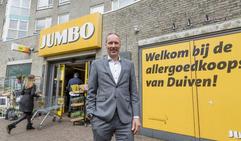 """Eigenaar Chris Gradussen van de Jumbo-supermarkt in Duiven-Zuid: """"Alles gaat eruit en alles komt er nieuw in."""""""