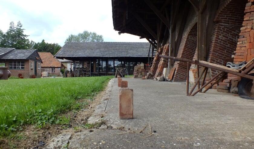 Steenoven De Panoven wordt het decor voor het muzikale avontuur Klinkerweg. De klinker staan er al klaar voor. (foto: PR)