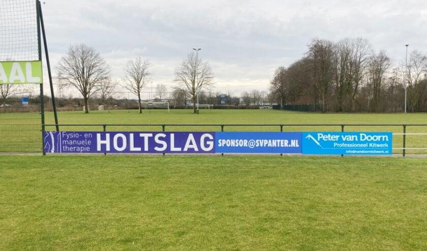 Nieuw sponsorbord Peter van Doorn Professioneel Kitwerk