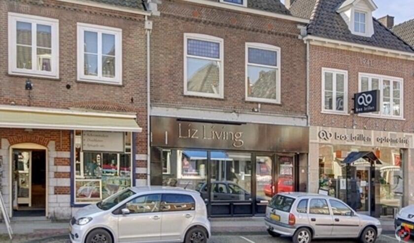 <p>Een voormalige interieurzaak aan de Herenstraat in Rhenen wordt de nieuwe locatie van kringloopwinkel Cunera. (Foto: AanbodMakelaardij)</p>
