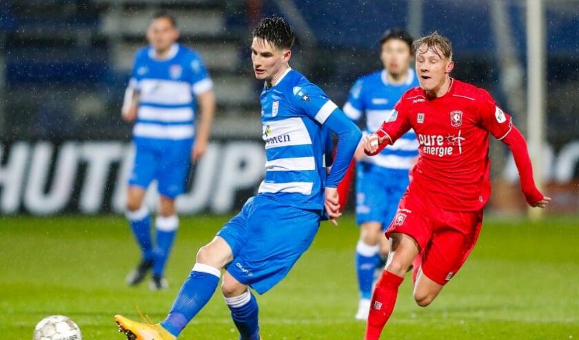 Slobodan Tedic in het duel met FC Twente.