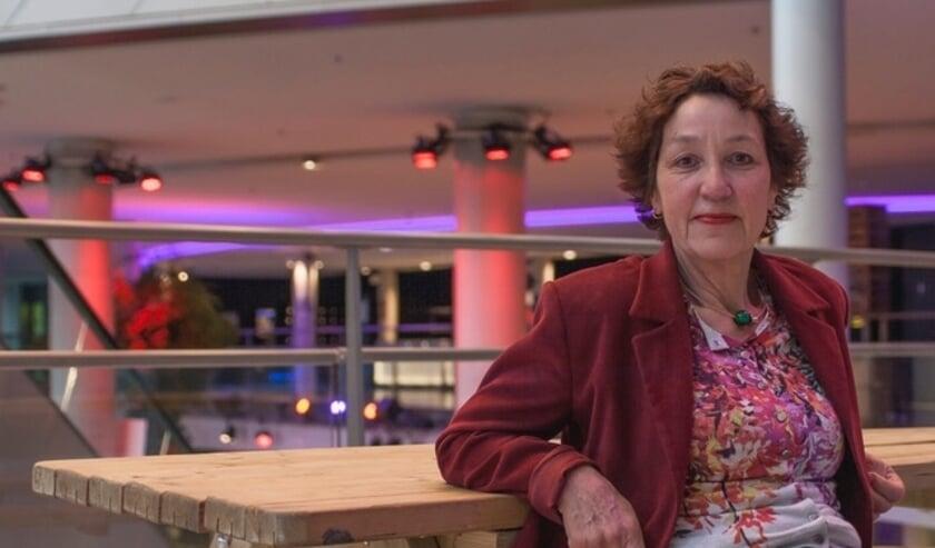 <p>Regisseuse Nelly van der Geest gaat in gesprek met Hella van Schaik tijdens &#39;In de Hoofdrol&#39;.</p>