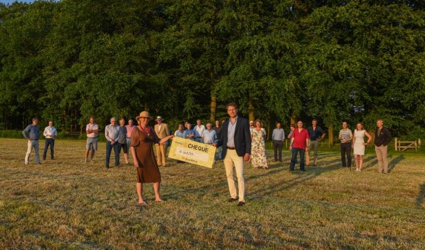 <p>Dankzij de hulp van de Rotary Club De Bilt-Bilthoven komt er een nieuwe bijenoase.</p>