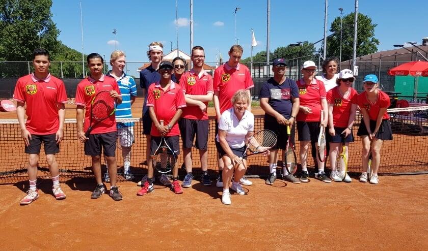 <p>De G-tennissers, buddy&#39;s en tenniscoaches.</p>