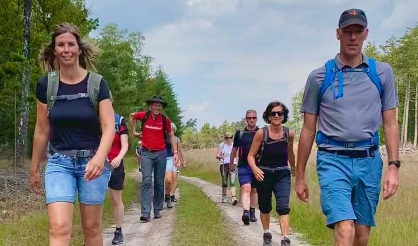 <p>De deelnemers aan de 'Walk for Hope' liepen in twaalf uur 6000 euro bijeen.</p>