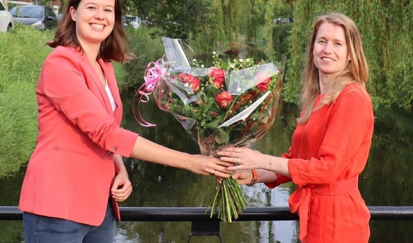 <p><em>Esther van Hofwegen (l) en Elze Woudstra</em>&nbsp;</p>