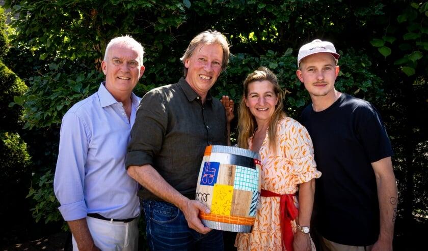 <p>Erik de Wit, Jeroen Everaert, Clarissa Slingerland en Jelmer Konjo.</p>