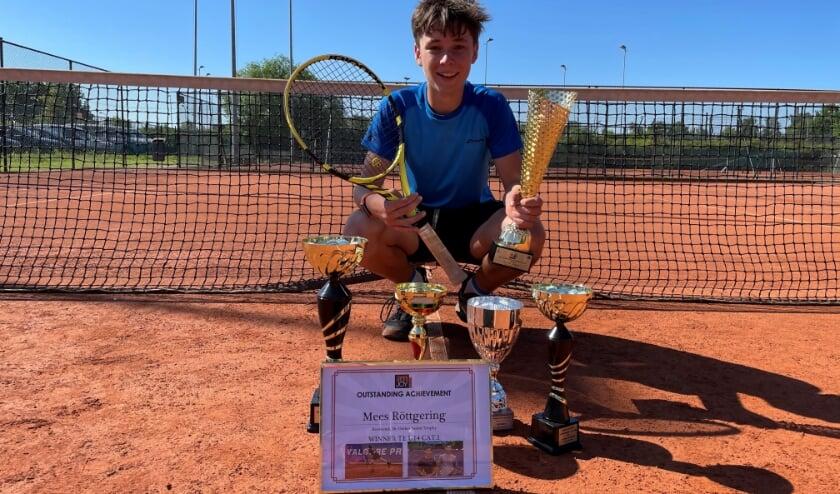 <p>Mees R&ouml;ttgering (13) wint in Roemeni&euml; een Europees juniorentoernooi in de hoogste categorie van Europa.&nbsp;</p>
