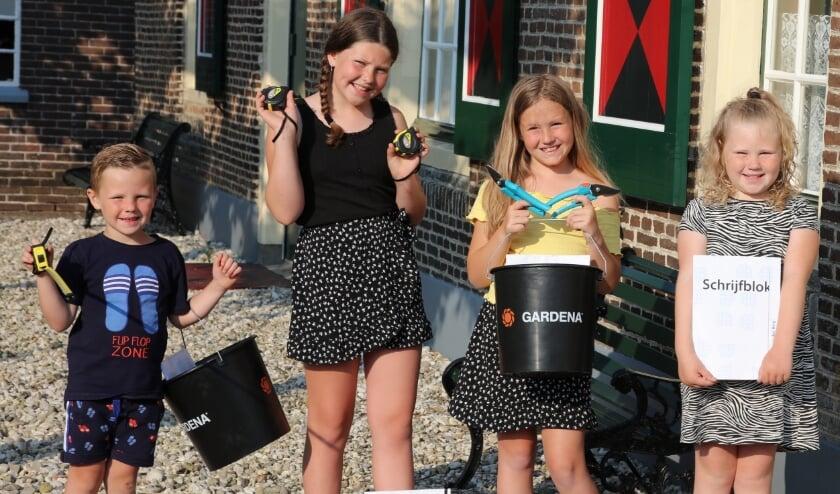 <p>Joah, Sophie, Mila en Jada &nbsp;(v.l.n.r.) zijn van plan om hun vaders komende zondag te verrassen via ideeën bij het Boerderijmuseum.</p>