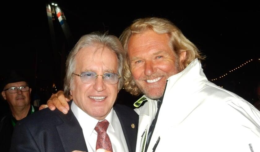 <p>De ambassadeur van de New Yorksteppers Lee Towers en de ambassadeur van de Antwerpen Steppers zanger Ger Vos.&nbsp;</p>