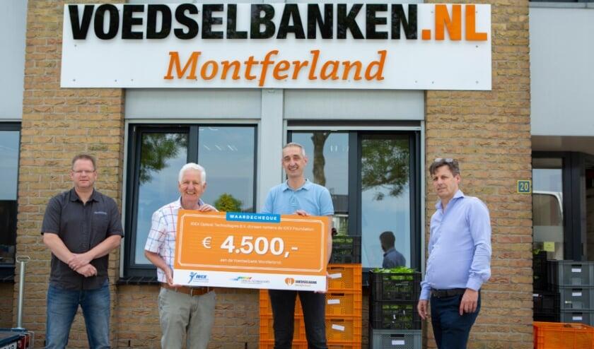 <p>Ronald Vreeken, Supervisor Global Team, Ton Vriezen, Martijn Huisman, Accounts Payable Employee en Erwin Reijerink.</p>