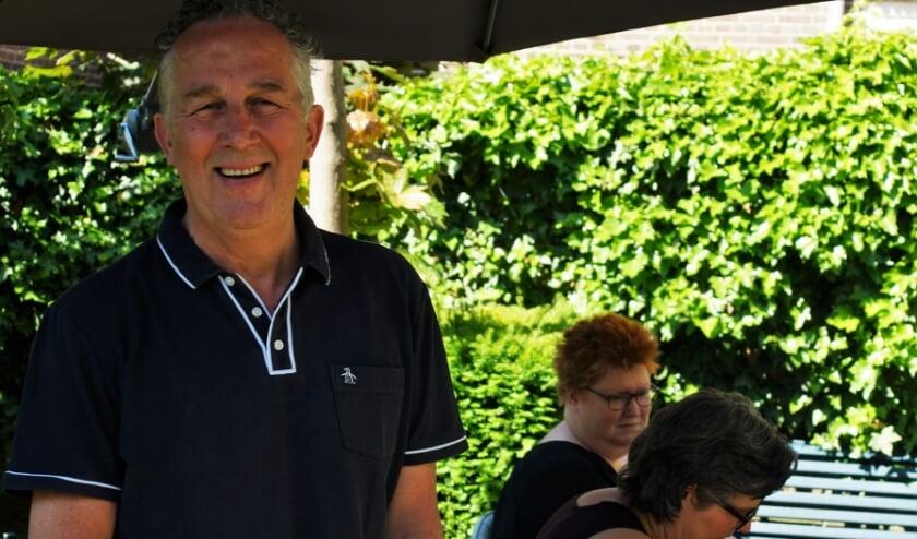 <p>Dick van Leeuwen denkt nog lang niet aan stoppen met werken in de bakkerij en zijn vrijwilligerswerk in Amsterdam.</p>