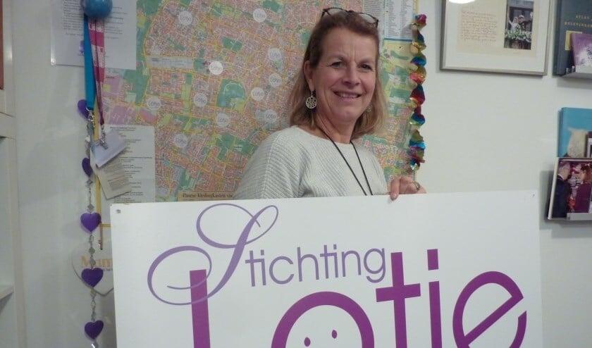 <p>Els Kodde richtte tien jaar geleden samen met haar man&nbsp; Stichting Lotje op.&nbsp;</p>