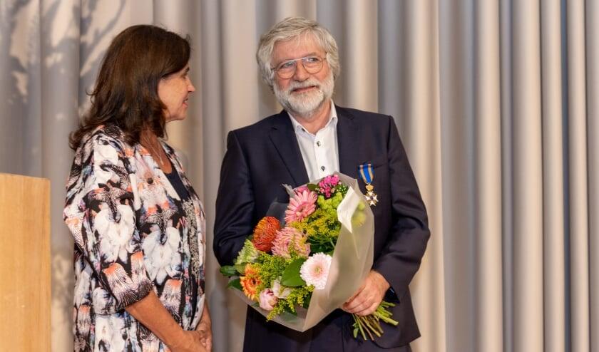 <p>Harm Rutten samen met zijn vrouw Yvonne bij de benoeming tot Ridder in de Orde van de Nederlandse Leeuw.</p>