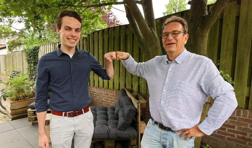 <p>Links op foto Wessel Mandos, de vice-voorzitter van Groen Links in Veldhoven en rechts Wim Meijberg, fractievoorzitter PvdA in Veldhoven.</p>