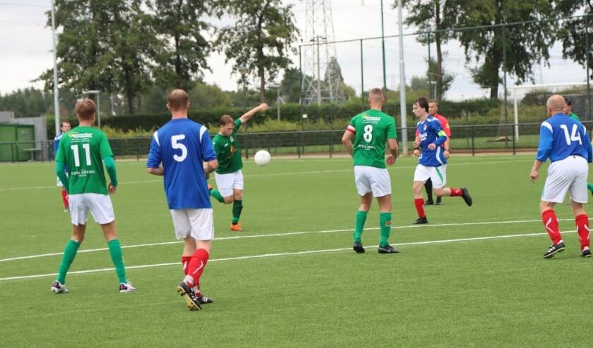 <p>Het eerste elftal van Sportclub Groessen speelt de meeste competitiewedstrijden ook in het nieuwe voetbalseizoen traditiegetrouw op zondagmiddag.</p>