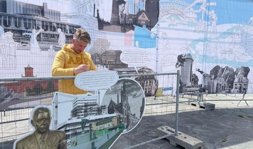 <p>Florian de Visser tijdens de opbouw van het panorama</p>