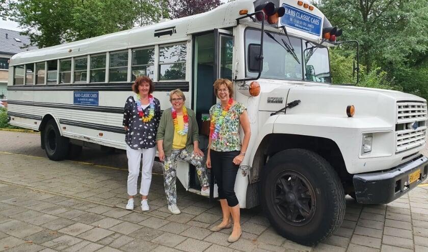 <p>Juf Marion v.d. Sar, juf Marina v.d. Berg en juf Anita Schippers gaan met pensioen.</p>