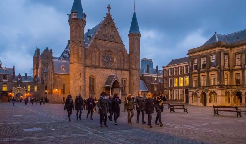 <p>De wandeltocht leidt langs diverse Haagse highlights</p>