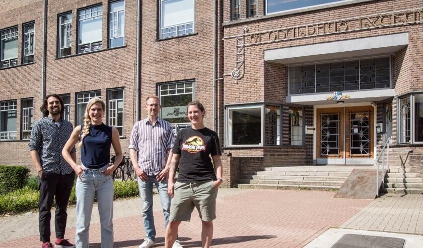 <p>Een deel van de sectie &lsquo;Big History&rsquo; van het Odulphuslyceum: Stijn Pijman, Lieke Heijnemans, Ruud van Hirtum, Anneke Madern.</p>