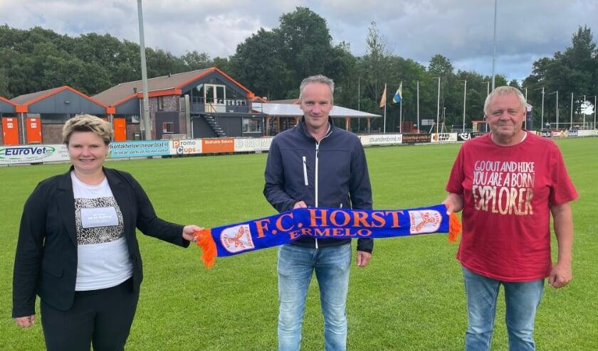 Tineke van den Hazel, Henk van den Bosch en Evert Renden zijn drie echte clubmensen bij FC Horst.