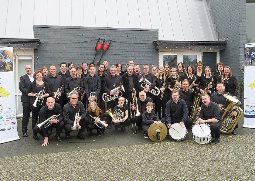 <p>Fanfareorkest OBK dat vrijdag in vrijwel voltallige bezetting aantreedt voor het concert 'Ben je betoeterd' in Sports Planet De Pals.</p>