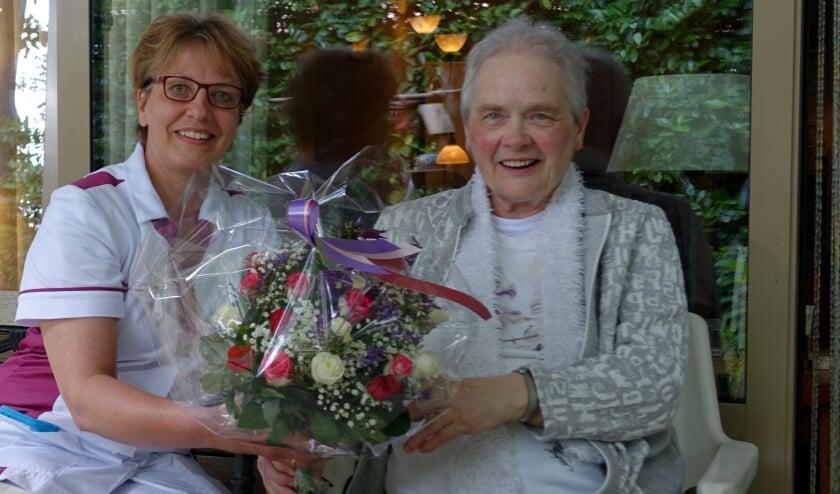 """<p pstyle=""""Intro"""">Al vanaf het prille begin krijgt mevrouw Douwes naar volle tevredenheid thuiszorg van Zorggroep Noordwest-Veluwe.</p>"""