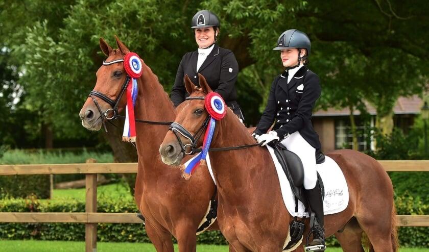 <p>Moeder en dochter allebei kringkampioen. De een bij de pony's, de ander bij de paarden. Hoe gaan ze presteren bij de Gelderse kampioenschappen?</p>