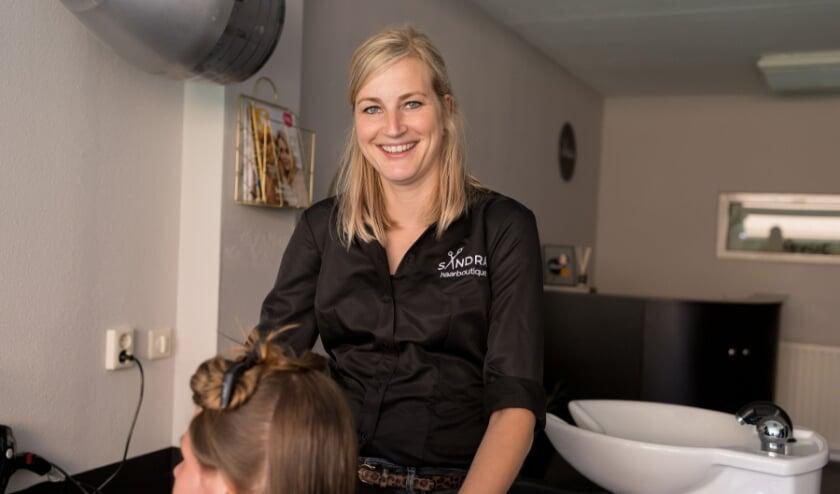 <p>Sandra Teunissen-Terberg: &quot;Mannen hebben ontdekt wat de kapper kan doen voor hun verschijning.&rdquo;</p>