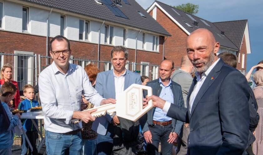 <p>Onlangs vond het opleveringsfeest plaats van de 42 huurwoningen in Den Bogerd, Udenhout. </p>