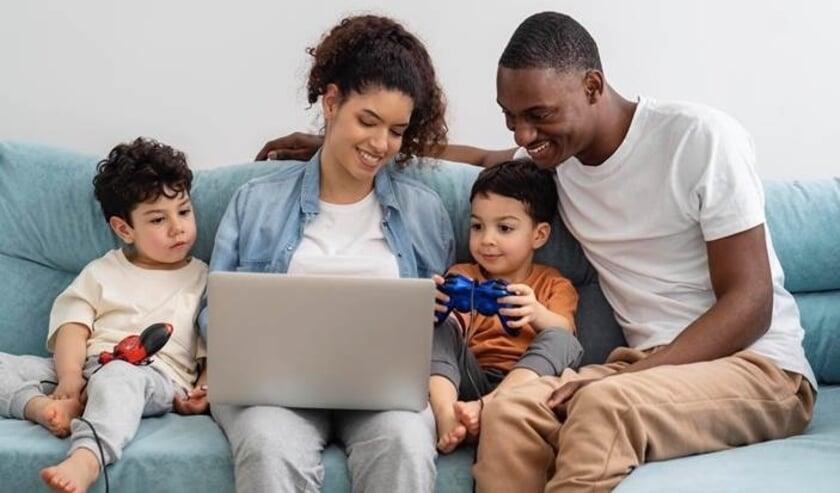 <p>Ruim 4 op de 5 ouders maakt afspraken met hun kinderen rondom digitaal mediagebruik. &nbsp;</p>
