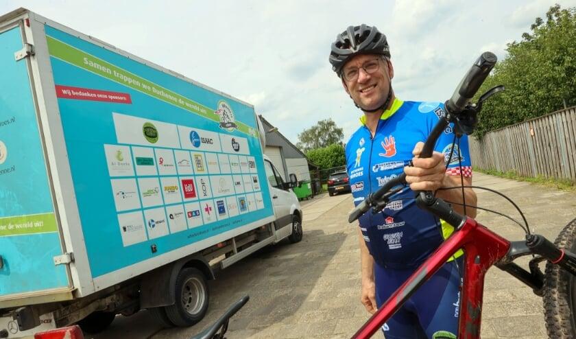 <p>John van Rooij gaat fietsen voor Duchenne.</p>