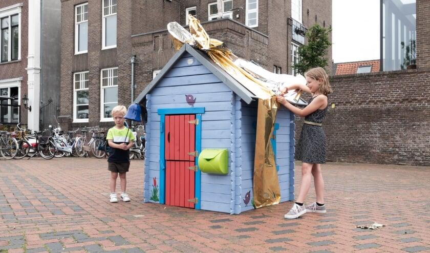 <p>De 3-jarige Siep van Buuren en Fiep Looijen (8) mochten de nieuwe speurtocht openen. Kijk hieronder voor meer foto&#39;s.&nbsp;</p>