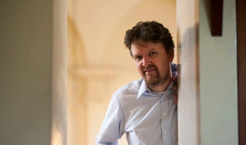 <p>Organist Wouter van der Wilt geeft zaterdag 17 juli een concert in de basiliek van Hulst.</p>