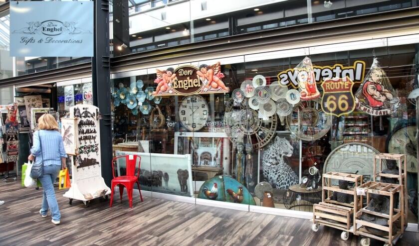 <p>Jammergenoeg verdwijnt er weer een winkel in het CityCentrum. Na 35 jaar sluit Den Enghel de deuren.</p>