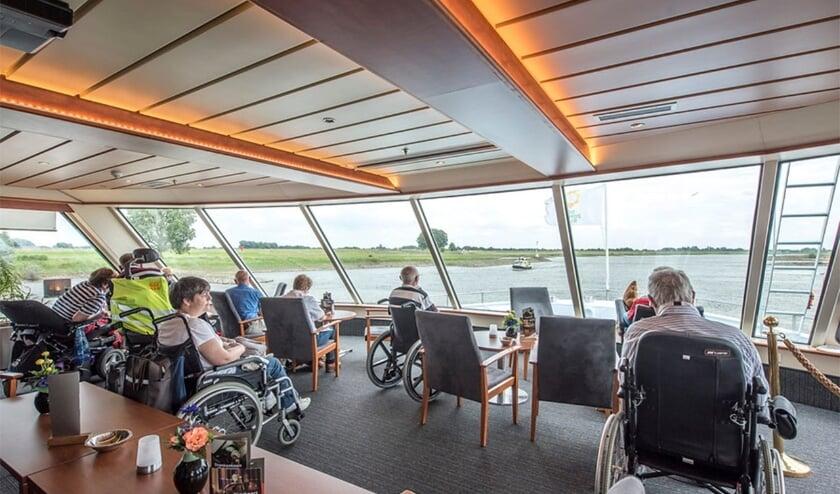 <p>Binnenkort weer gasten aan boord van de MPS Zonnebloem boot.</p>