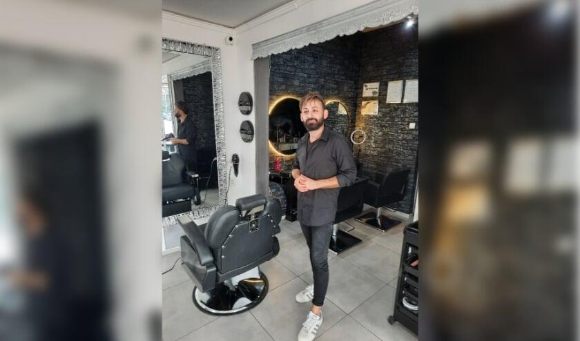 <p>Luai Khosh, eigenaar van kapsalon Luai Hairstyling.</p>